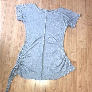 Alice & Olivia Short Sleeve T shirt Size Small